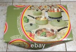VGE NIB Avocado 7 Piece Palomar Cookware Porcelainized Color on Stainless Steel